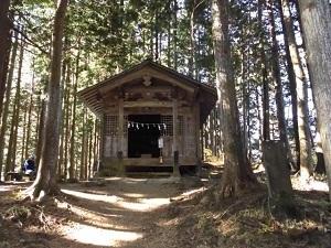 11両神神社奥宮.JPG